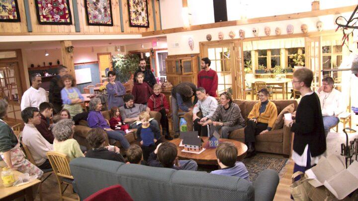 Sala de Aula: Cohousing, o melhor de dois mundos
