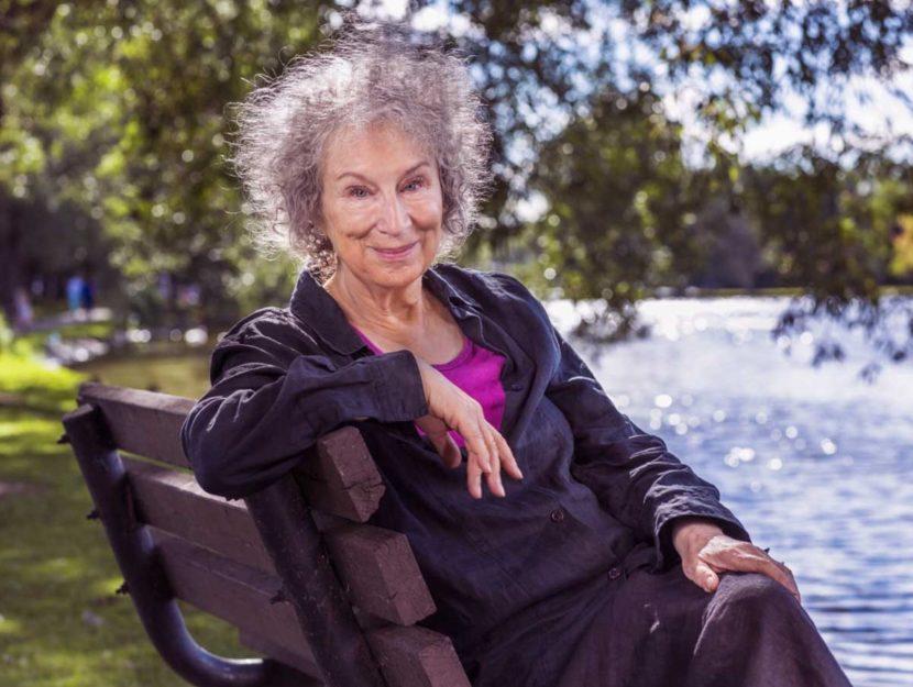 Ela Envelhece Bem _ Margaret Atwood, 81 anos