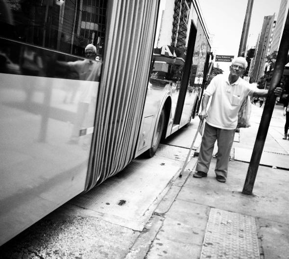 Inclusão da mobilidade urbana como direito fundamental do idoso aprovada em Comissão