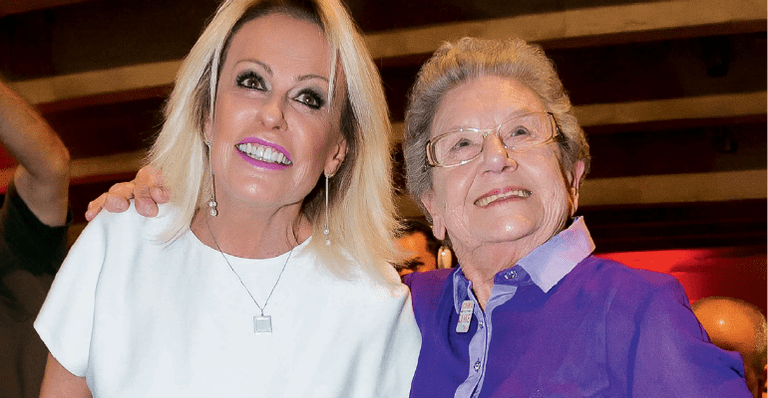 """Palmirinha toma café com Ana Maria Braga no """"Mais Você"""""""